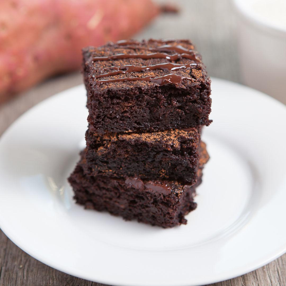 Bizcochos fit - Brownie de boniato y dátiles - IND - Nutrición Deportiva