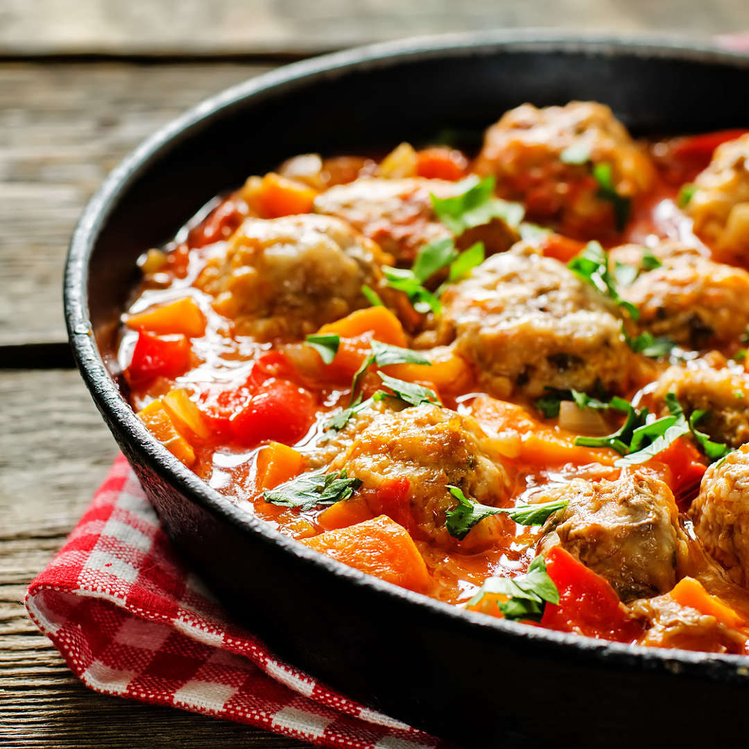 Albondigas-de-pollo-con-pisto-recetas-IND